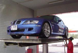 Vệ sinh xe bằng ben nâng nhập khẩu Ấn Độ