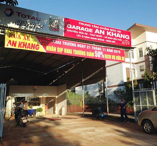 Cửa hàng rửa xe ô tô chuyên nghiệp