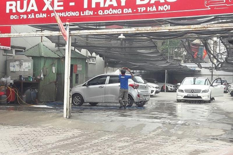 Cửa hàng rửa xe có mặt bằng rộng