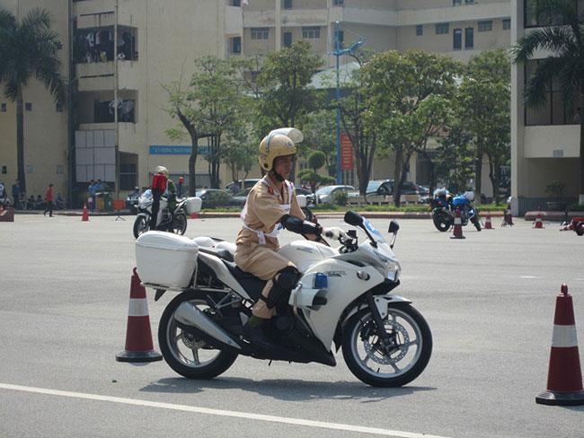 Xe đặc chủng của cảnh sát giai thông