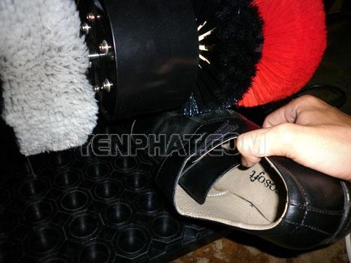 Nên sử dụng máy đánh giày đúng cách