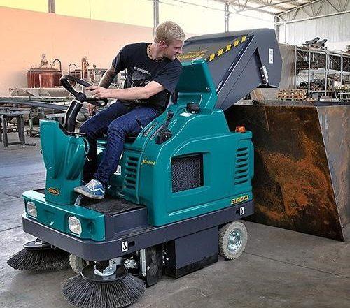 sự tiện lợi của các sản phẩm xe quét rác nhà xưởng
