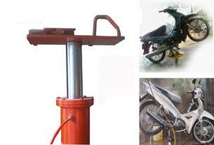 ben nâng rửa xe gắn máy