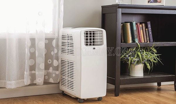 Sử dụng máy hút ẩm để làm khô nền nhà