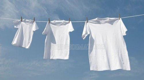 cách làm sạch áo trắng