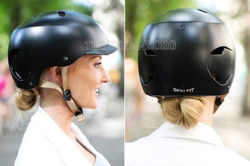cách đội mũ khi đi xe máy không xẹp tóc